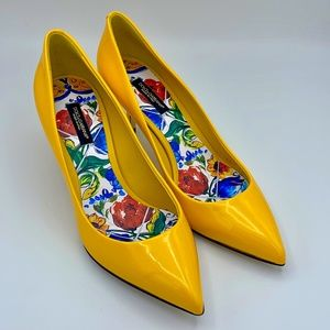 NIB $640 DOLCE & GABBANA Yellow Leather Heels Pump